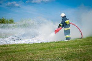 firefighter-484527_960_720