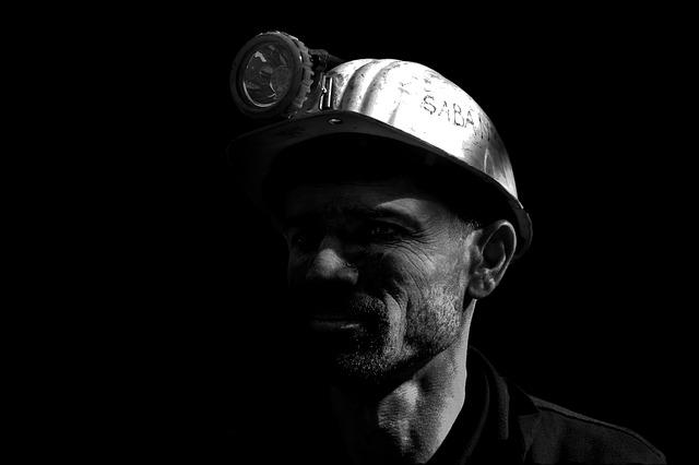 Czy odszkodowanie z tytułu choroby zawodowej po śmierci pracownika zawsze się należy?